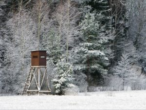 Hunting stand in the snow
